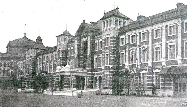 12月18日 東京駅完成記念日