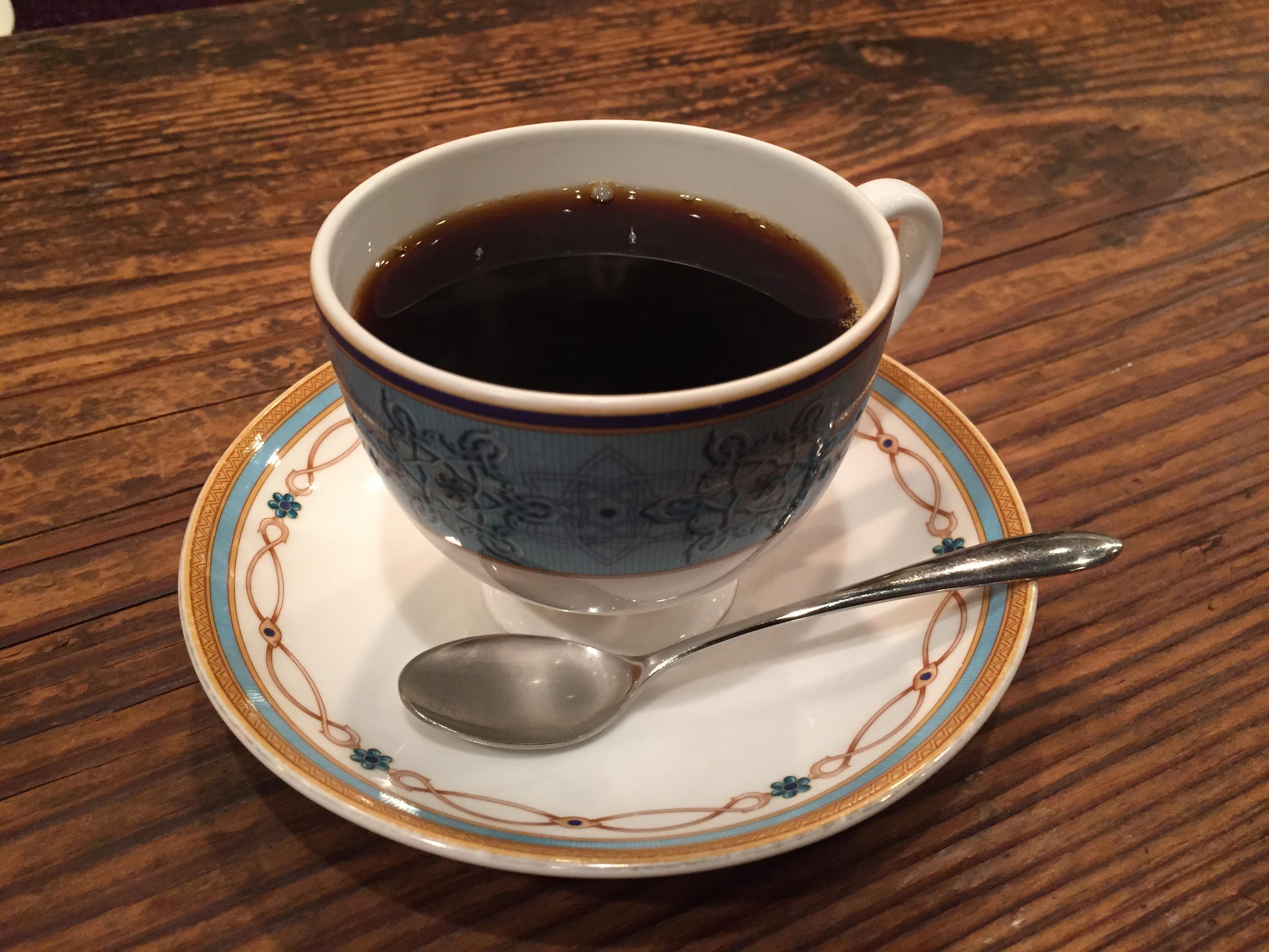 ブルーボトルがあまりに混んでるので、創業者が世界で一番愛する喫茶店、渋谷 茶亭羽當でお茶してきた