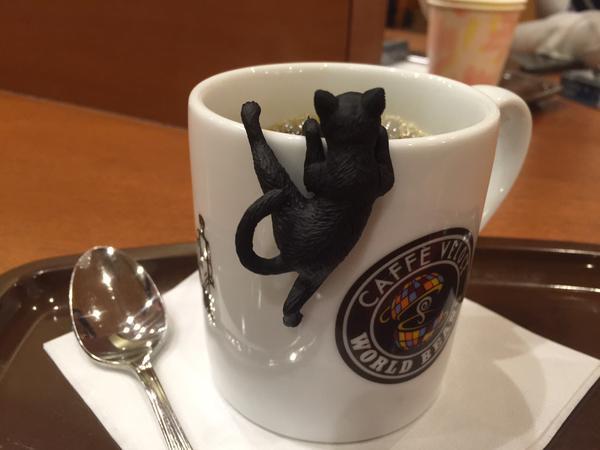 シャノアール50周年「ふちねこ」キャンペーンがかわいすぎてコーヒー飲みすぎてしまう